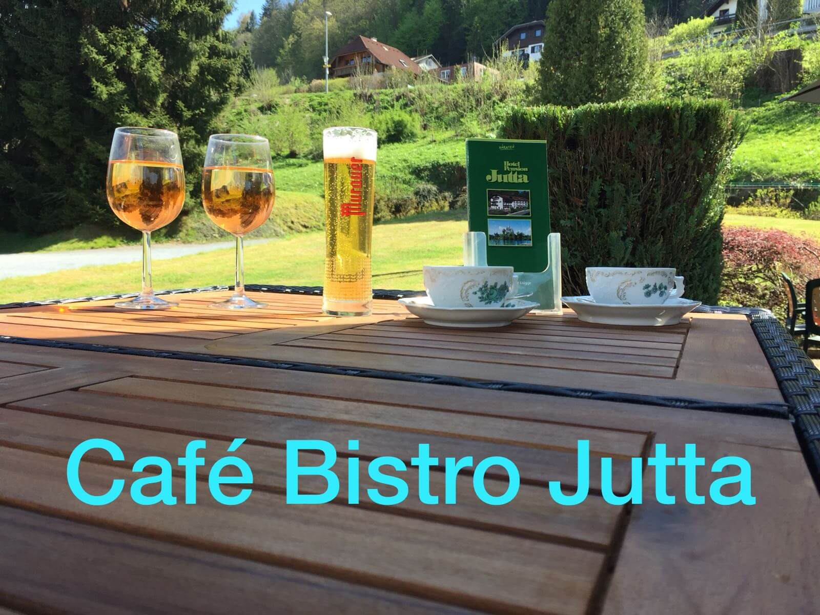 Cafe Bistro Jutta
